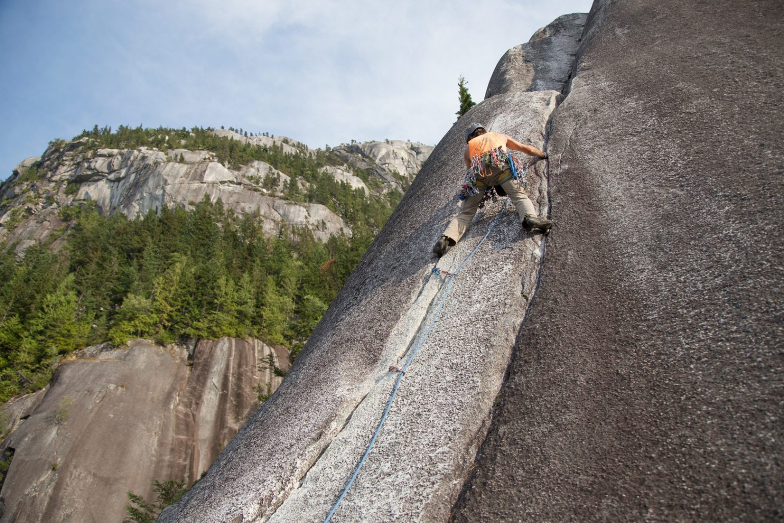 Vitaliy leading Memorial Crack